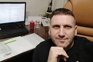 Michal Janovský, dlouholetý rozhodčí, který aktuálně působí v okresních soutěžích na Českolipsku.