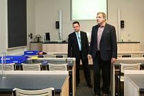 Studenti českolipské průmyslovky se učí v šesti zbrusu nových odborných laboratořích.