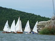 Kromě rekreačních jachtařů hostí Máchovo jezero každoročně řadu jachtařských závodů.