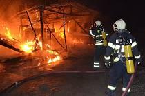 Úterní požár v Dubnici.