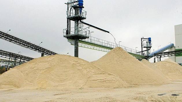 V Provodíně chtějí těžit více písku.