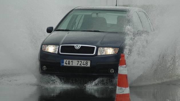 V Sosnové na autodromu investují desítky milionů do vany podobné té na mosteckém polygonu.