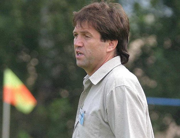Trenér Doks Milan Bubla.