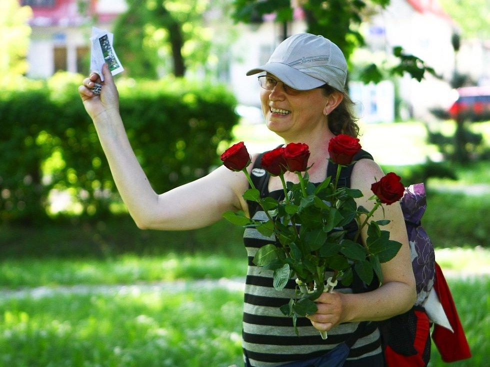 Zakladatelka pochodu Milena Městecká z Mladé Boleslavi. Její cesta začala 9. května v Ravensbrücku.