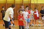 Při soutěžích si všechny děti mohly vyzkoušet své dovednosti s míčem, včetně střelby na brankáře Meiera.