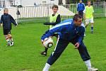 Při soutěžích si všechny děti mohly vyzkoušet své dovednosti s míčem, včetně střelby na brankáře Meiera, a nechyběl ani fotbálek na přírodní trávě městského stadionu.
