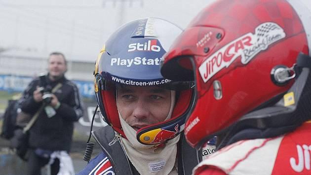 Motorističtí fanoušci zažili v listopadu velkou událost. Na vlastní oči mohli vidět závodní kvality několikanásobného mistra světa v rallye Sebastiena Loeba.