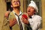 Herci pražského Divadla Na Jezerce pobavili diváky v České Lípě nejslavnější komedií italské renesance Mandragora.