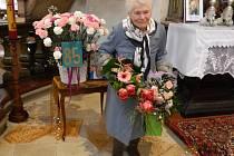 Půl století už paní Marie Večeřová pomáhá na faře v Horní Polici a stará se o zdejší mariánské poutní místo.