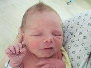 Rodičům Denise Muláčkové a Štěpánu Dvořákovi z Mimoně se v úterý 25. října ve 4:03 hodin narodil syn Šimon Dvořák. Měřil 46 cm a vážil 2,94 kg.