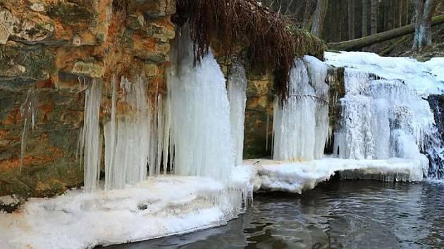 Chrastenský vodopád na Ploučnici.