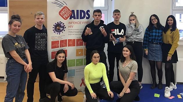 Hrou proti AIDS na Obchodní akademii.