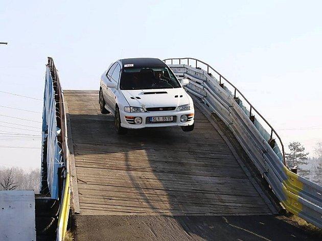 Oblíbený seriál závodů MOGUL Driving Cup v Sosnové se blíží.