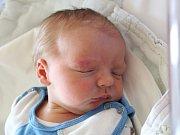Rodičům Stanislavě Hřebenové a Michalu Štrynkovi z Kravař se v neděli 25. února v 5:58 hodin narodil syn Radek Štrynek. Měřil 54 cm a vážil 4,11 kg.