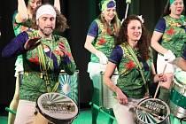 Z natáčení 15. ročníku Masopustu v duchu brazilského karnevalu v Městském kině v Novém Boru.