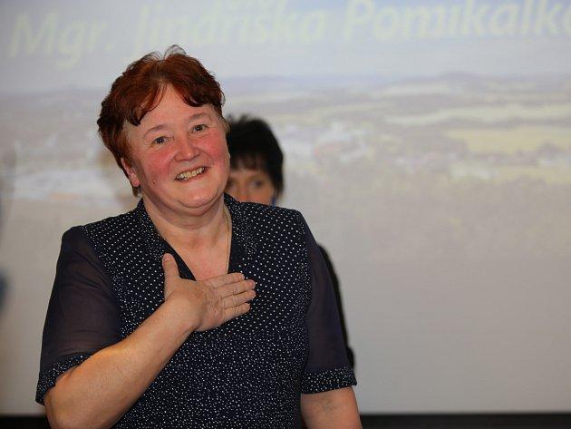 Jindřiška Pomikálková, ředitelka základní, praktické a mateřské školy, zakladatelka speciálních tříd pro těžce handicapované a pro autistické děti ve městě, se stala českolipským pedagogem roku 2018.