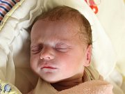 Rodičům Šárce a Josefovi Králíkovým z České Lípy se v pondělí 16. dubna v 1:52 hodin narodila dcera Adélka Králíková. Měřila 47 cm a vážila 2,26 kg.