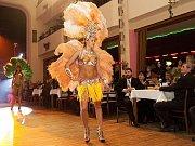 Ples Jizerských pekáren zpestřila módní přehlídka.