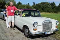 Tradiční klub majitelů vozů Mercedes-Benz uspořádal sraz na Českolipsku.