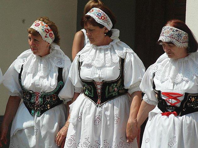 Na Dokské pouti se představí soubor Horačky.