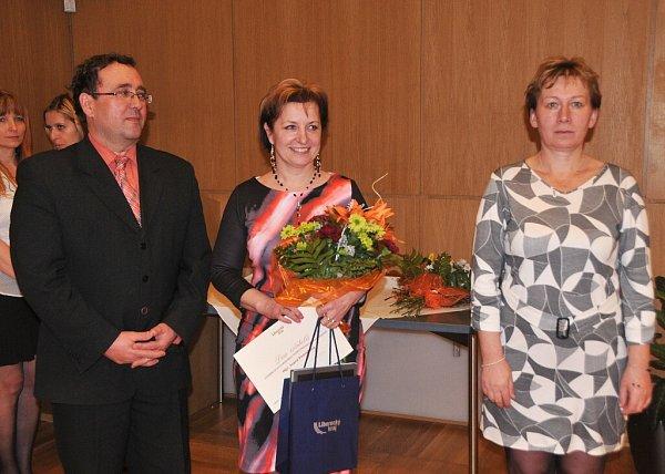 Ivana Posseltová (uprostřed).