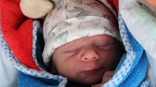 Rodičům Johaně Gabrielové a Jakubu Měkotovi ze Stružnice se ve čtvrtek 13. prosince ve 12:19 hodin narodil syn Mikuláš Měkota. Měřil 49 cm a vážil 2,72 kg.