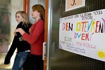 Základní škola 28. října na českolipském sídlišti Špičák otevřela své dveře veřejnosti.