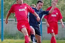 Jeden z šesti gólů do sítě Stráže nad Nisou vstřelil cvikovský hráč Novotný.