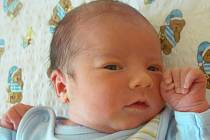 Mamince Zlatuši Šolínové z Kněžic se 17. března ve 13 hodin narodil syn Martin Macháček. Měřil 51 cm a vážil 3,78 kg.