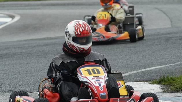 Mistrovství Evropy motokár se vrací do Sosnové.