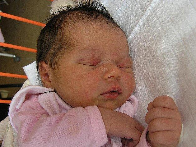 Mamince Šárce Struppové z České Lípy se 8. března v 16:51 hodin narodila dcera Šárka Struppová. Měřila 49 cm a vážila 3,77 kg.