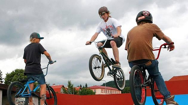 Skatepark v Novém Boru prošel rekonstrukcí.