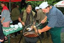 V Zahrádkách se bude opět soutěžit ve vaření kotlíkových zvěřinových gulášů.
