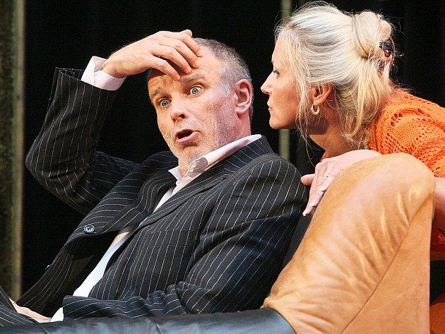 Lukáš Vaculík společně s kolegy z Docela velkého divadla Litvínov bavili diváky ve sloupském lesním divadle 6. července.