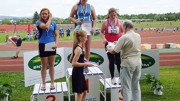 Kladivářka Petra Kopřivová vybojovala v Třinci bronzovou medaili.