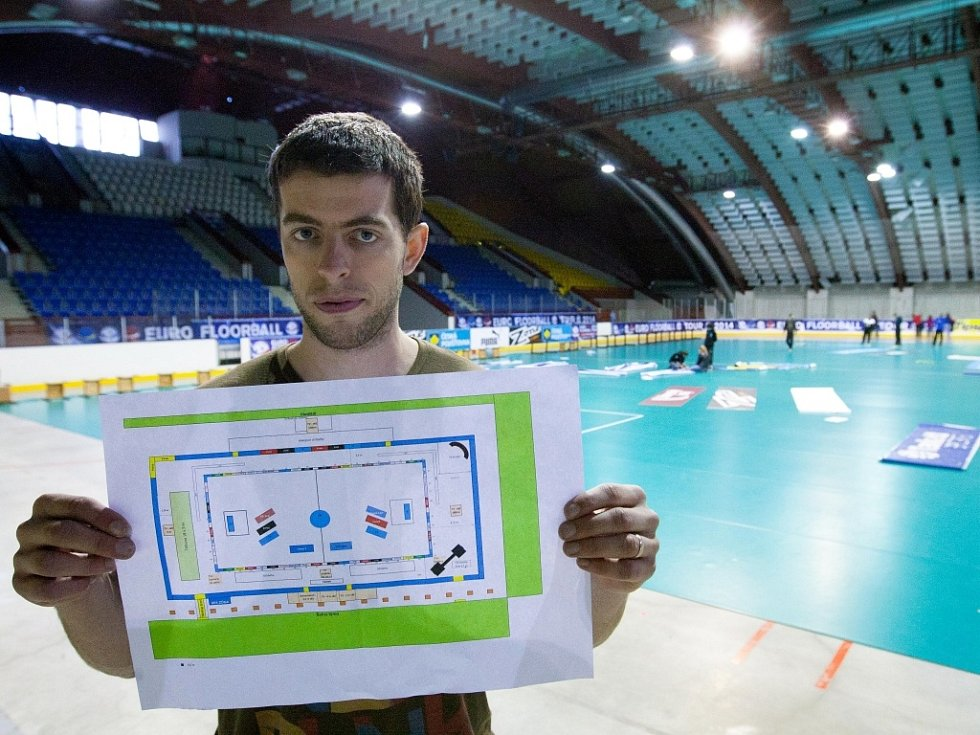 Florbalový svět obrací oči do České Lípy. Euro Floorball Tour 2014 vypukne na zimním stadionu už v pátek.
