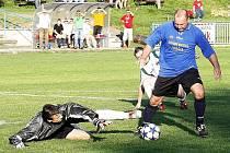 Doležel se zbavil obránce Kverky i gólmana Zahradníka a vstřelil třetí branku.