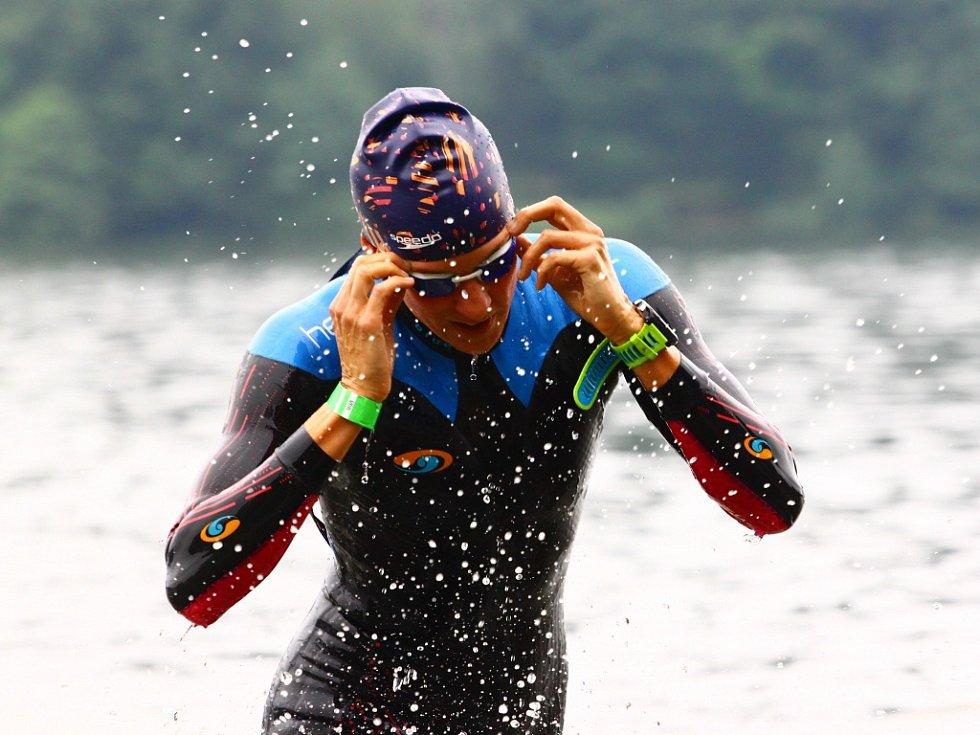 Hamr patřil už potřetí triatlonistům. Na start se postavili profíci i začátečníci.