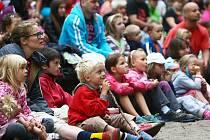 8 300 lidí navštívilo v létě Lesní divadlo ve Sloupu. Nejvíce jich přišlo na čerty.