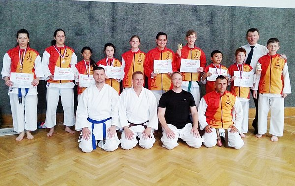 Českolipským závodníkům se podařilo vybojovat 11zlatých, 7stříbrných a 5bronzových medailí.