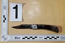 Zajištěný nůž, kterým pachatel útočil
