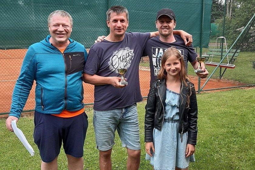 Moc pěkný výkon v celém turnaji předvedl pár David Gregor – Marian Kern.