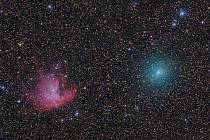 Kometa v blízkosti mlhoviny Pacman (kometa je vpravo, mlhovina vlevo).