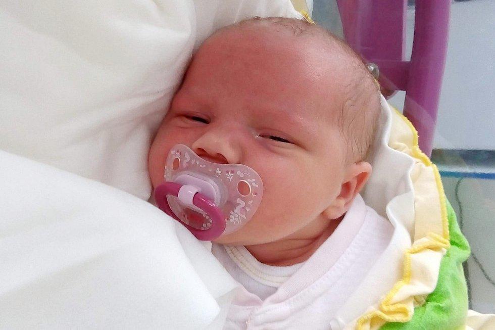 Rodičům Laďce a Lukášovi Kotkovým z Mimoně se v pátek 1. května ve 13:11 hodin narodila dcera Františka Kotková. Měřila 50 cm a vážila 3,58 kg.