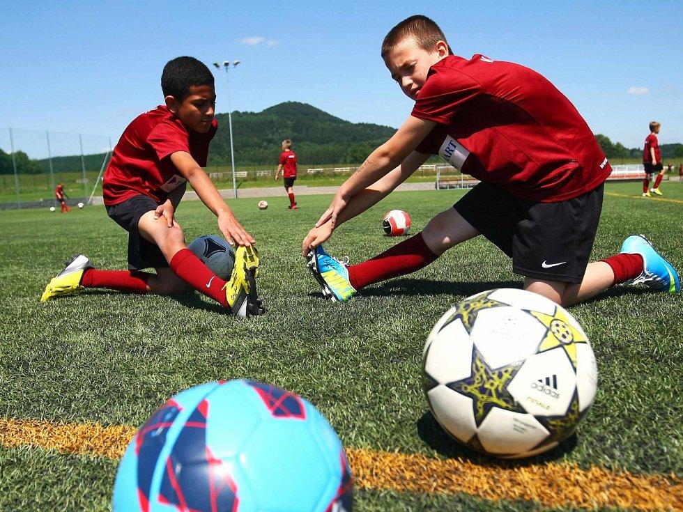 Fotbalový kemp mládeže v Heřmanicích nabídne letos tři turnusy.
