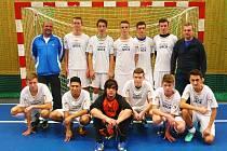Druhé místo obsadili dorostenci TJ Doksy na turnaji v sálovém fotbale v Bělé pod Bezdězem, kde se prezentovalo šest týmů.