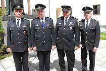 Titul Zasloužilý hasič, nejvyšší vyznamenání za celoživotní práci, získali hasiči z Liberecka a z Českolipska.