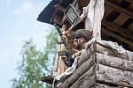 Osmdesátihodinová airsoftová simulace, Protector 2016 pokračovala 21. července v části bývalého vojenského prostoru Ralsko na Českolipsku. Do akce typu LARP (z anglického Live Action Role Play) je zapojeno je přes 1000 airsoftových bojovníků z několika ze