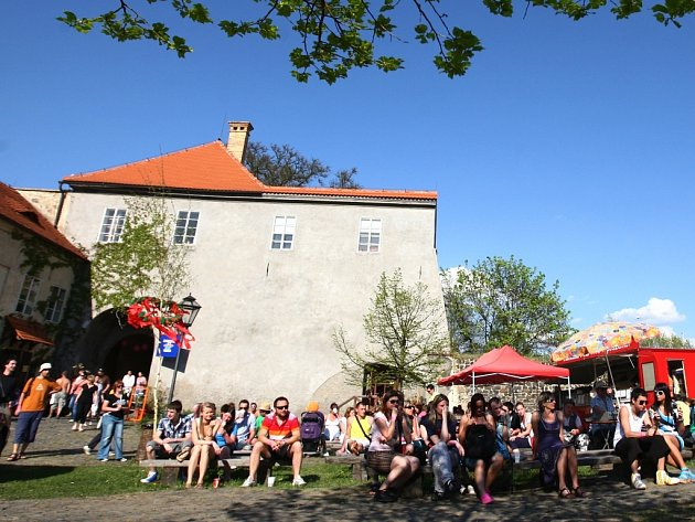 Jedenáctý Majáles pořádá v sobotu 4. května Dům dětí a mládeže Libertin v České Lípě.