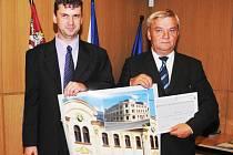 U veřejnosti nejvíc zabodovalo multifunkční centrum Sever ve Cvikově, které vzniklo rekonstrukcí bývalého secesního hotelu.